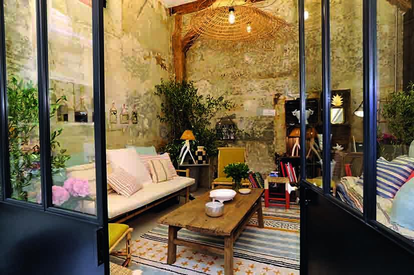 La Réserve Magazine Rethinking Luxury | Inès de la Fressange - La ...